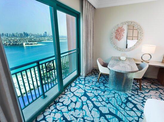 Palm Deluxe Room Juliette Balcony