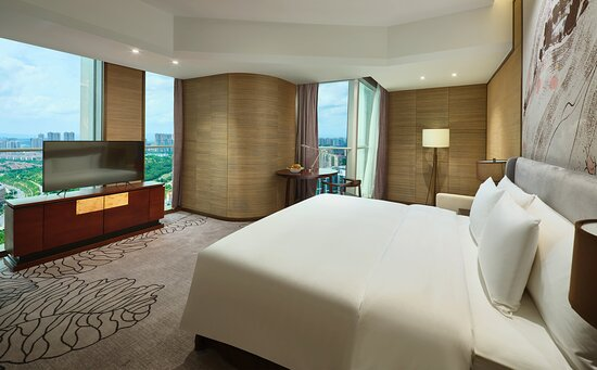 KING EXECUTIVE FEATURE Room