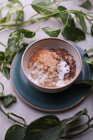 Oatmeal with peanut butter and coconut milk