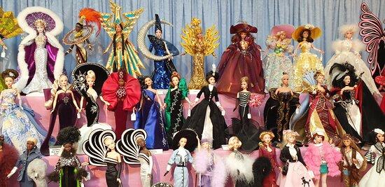 River Dolls of Goolwa  the World of Ziegfeld