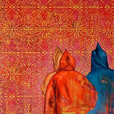"""L 'artista Britta Reinhardt Planetart espone la sua mostra chiamata """" Djellaba """" al Four Seasons Hotel  di Marrakech in collaborazione con BCK Art Gallery.  Una mostra che sprigiona energia positiva attraverso i colori. La stessa energia positiva  che è in lei. In esposizione fino al 30 Aprile.  #viaggioinmarocco #marrakech #medina #marocco #maroccoexperience #tripmarocco #viaggiare #marrakesh #olore #travelmarocco #viaggio  #tourinmarocco #erborista #vacanze #viaggi  #maroccodream #berberi"""