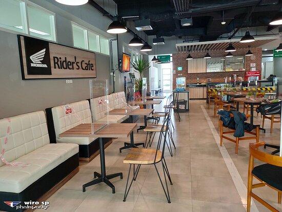RIDER's Cafe - 2nd floor - MPM Basra Jl. Basuki Rahmat Malang