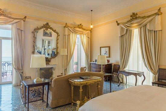 Two Bedroom Pavarotti Suite
