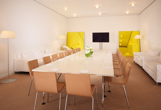Space on 1 boardroom tv