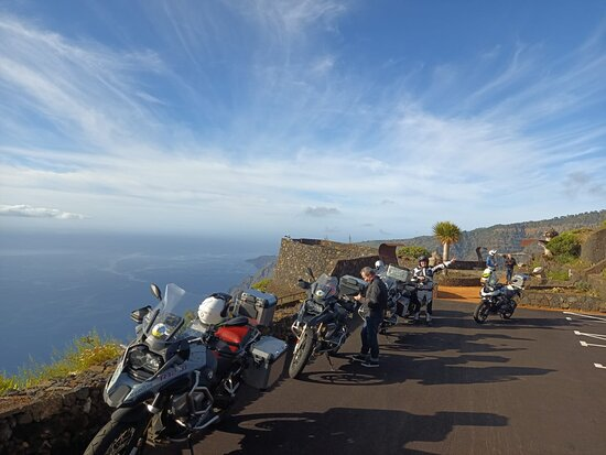 TravelBike Tours