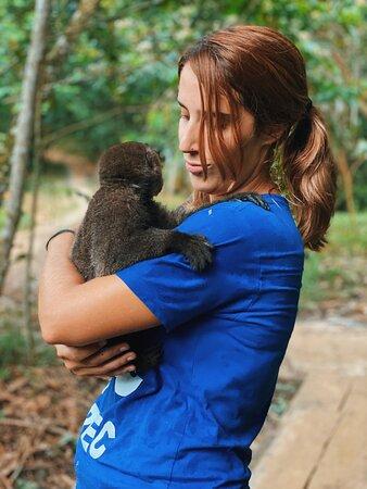 El cuidar a los animales es una de mis pasiones, poder convivir con ellos es un privilegio que RAREC te permite. NO DEJEN DE IR