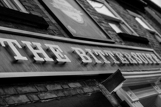 Bitter-Suite Pub