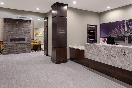 Guest Check Inn Lobby