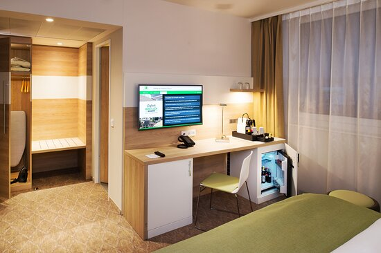 Executive Bed Room with filled minibar and bathrobe and slippers