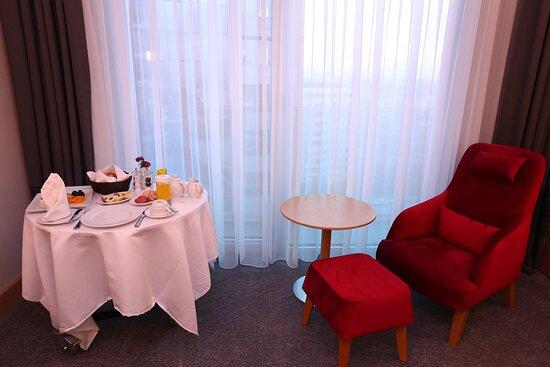 Room Service Holiday Inn Ankara Cukurambar