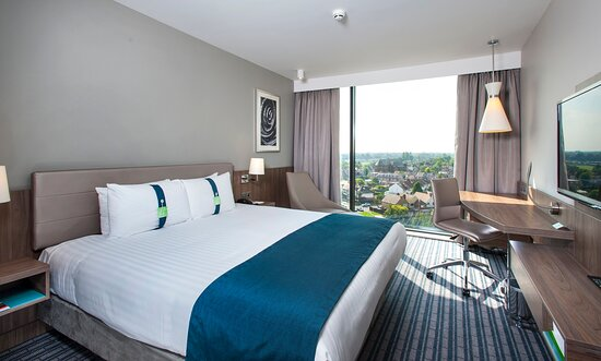 Executive Rooms feature complimentary wi-fi