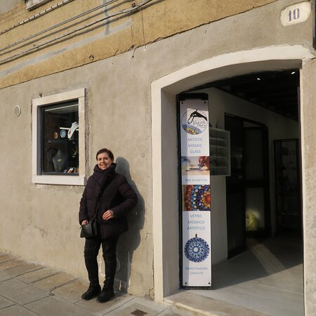 Nadia Vianello in the front door of our store located in Campiello de la Pescheria 10, Murano.
