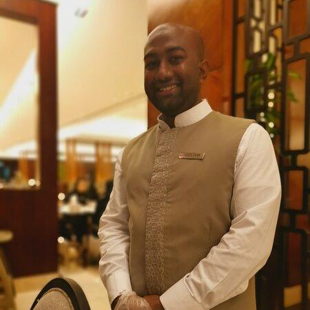 Makkah Province, Ả Rập Xê Út: The BEST waiter, Gholam, at Makkah Swiss hotel