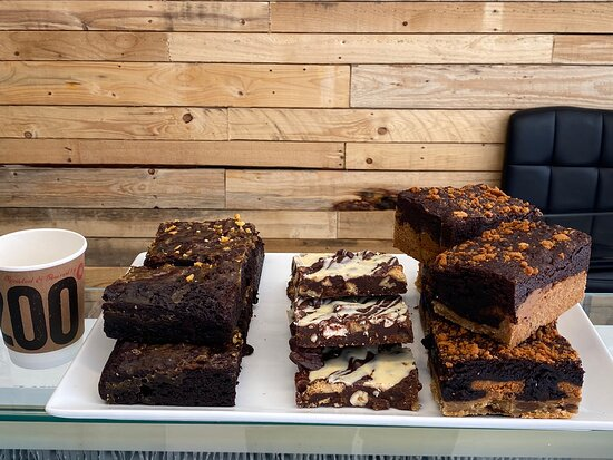 Saxilby, UK: Some of the sweet treats available at waters edge