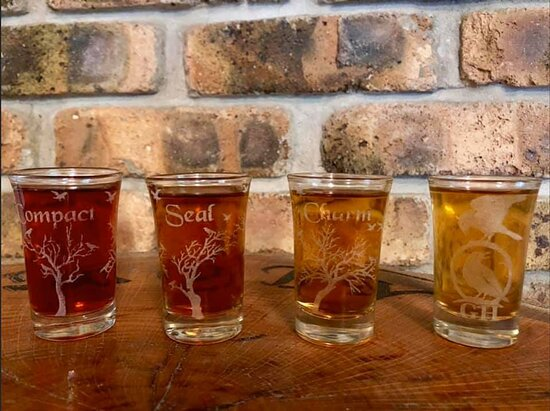 Middleville, MI: Enjoy mead flights OR by the glass