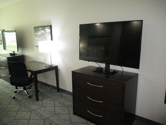 Mobility Accessible Double Queen Suite