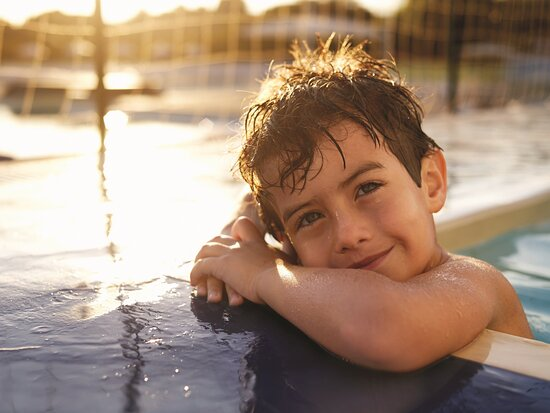 Enjoy our refreshing recreational facilities with your loved ones.