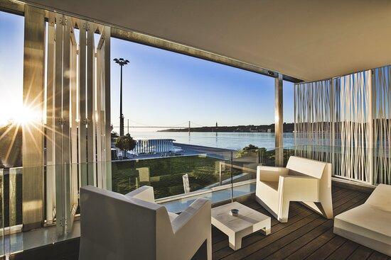 Diplomatic Suite Balcony