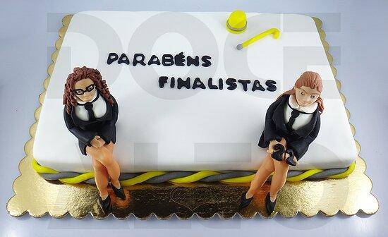 Bolo de Finalistas? Desafie-nos a fazer o seu! Veja algumas sugestões em www.docealto.pt :)