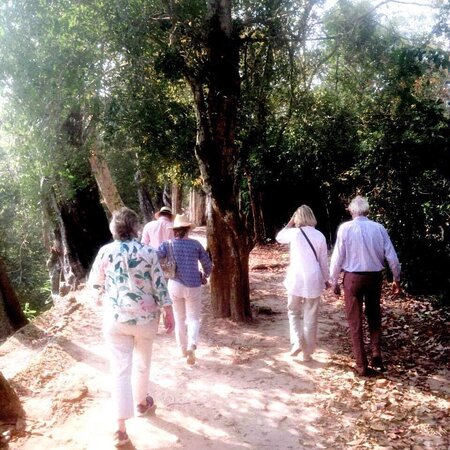 Vereinigtes Königreich: Angkor Trekking Tours Around Angkor Thom City: