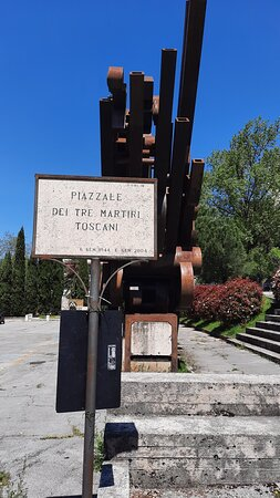 "Foto panoramica ""Tre Martiri Toscani"""