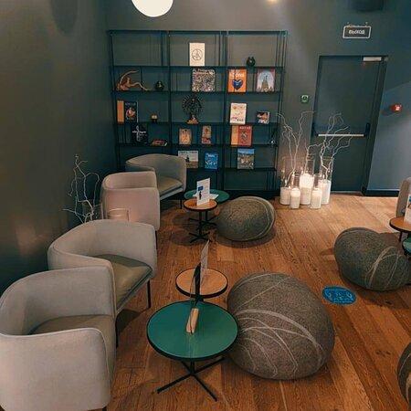 Wellcure & Float Studio