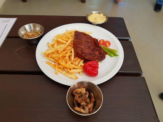 200g Ribeye steak with chips