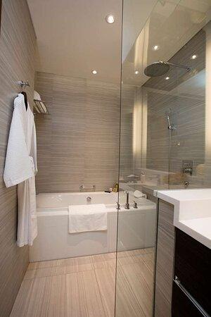 Studio 41sqm Bathroom