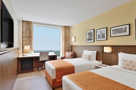 Twin/Twin Fairfield Guest Room