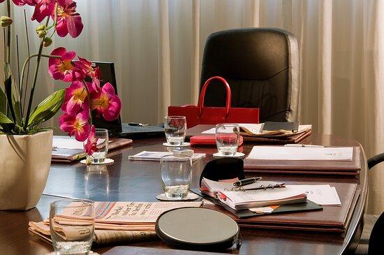 Virgilio Meeting Room