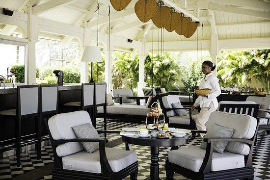 Outrigger Mauritius Resort Dining Plantation Club