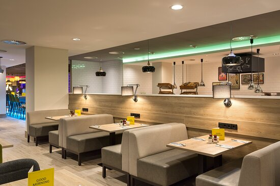 Enjoy our all day dining menu in the Open Lobby Restaurant
