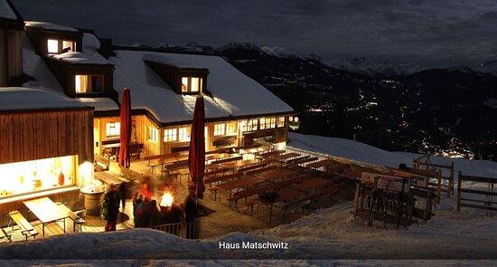 Tschagguns, Αυστρία: Am Abend alleine über den Dächern des Montafons!