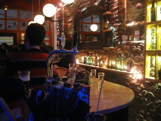 mikro bar xanthi