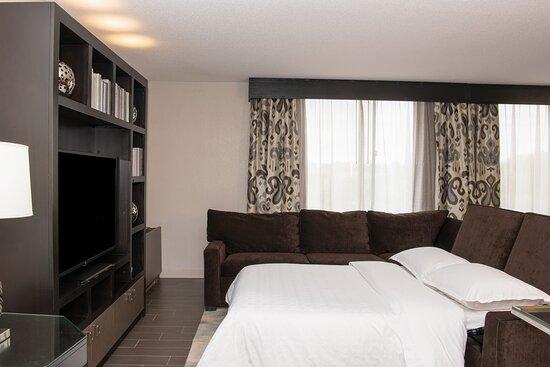 Admiral Suite - Sofa Bed