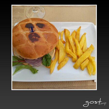 hamburguesa de queso azul