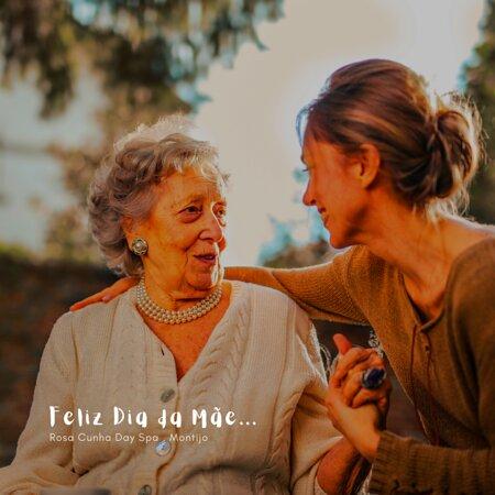 """""""Nenhum idioma, é capaz de expressar a beleza e a força de uma mãe!"""" Desejamos um dia repleto de felicidade, de abraços e carinhos. #DaySpaMontijo Feliz Dia da Mãe 💗💐"""