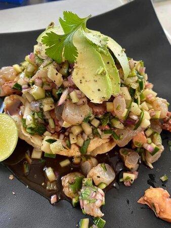 Punto Mare. Pequeño restaurante de mariscos ubicado en Las Jarretaderas, Nayarit (Bahia de Banderas) . Si eres amante del buen marisco, sin duda tienes que ir a probarlos!!