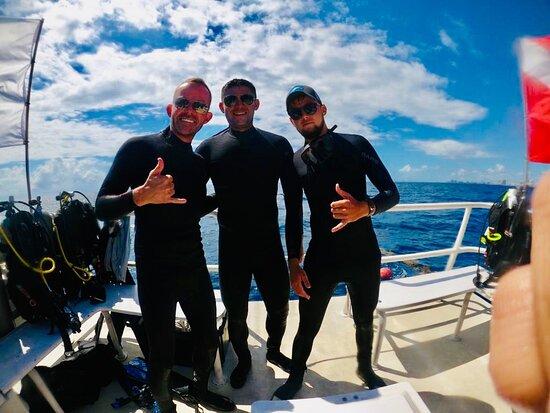 Achi Divers