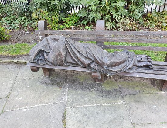 ‪Homeless Jesus Statue‬