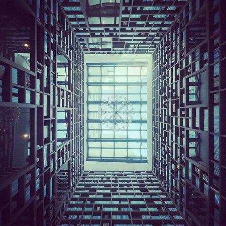 大廳圖書室,這是最有氣質的網美景點
