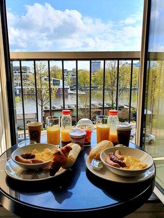 Het ontbijt vanaf je hotel kamer