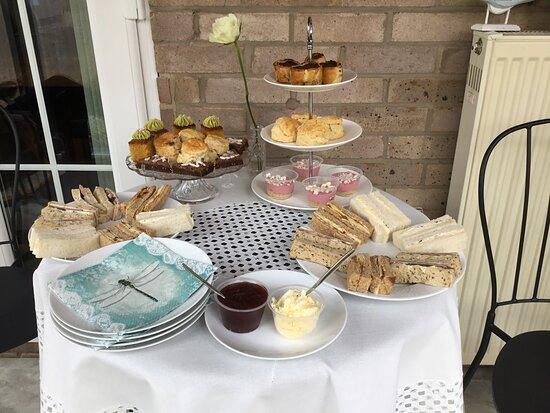 Coltishall, UK: Afternoon tea.