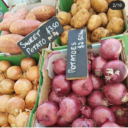 Stanthorpe, Australia: Local potatoes and onions
