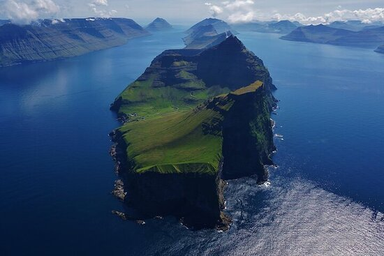 6-Day Full Experience Summer Tour at Faroe Islands