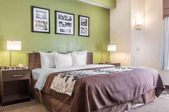 Sleep inn guest room North-Augusta SC