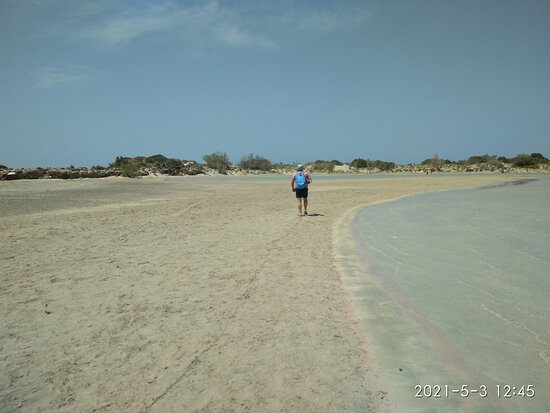 Walk to the islet