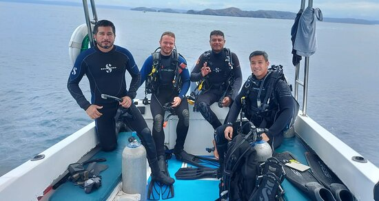 Playas del Coco, Costa Rica: Diving from the boat
