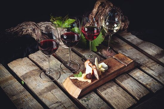 Tenerife Bodegas Monje Winery Tour with Wine and Cheese Tasting