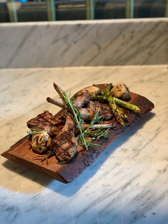 Grilled Ontario Lamb Chops (special)